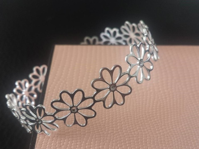 The Beautiful Daisy Chain Cuff Bracelet ❤