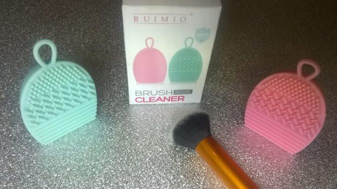 Review: RUIMIO – Silicone Make-Up Brush Cleaners