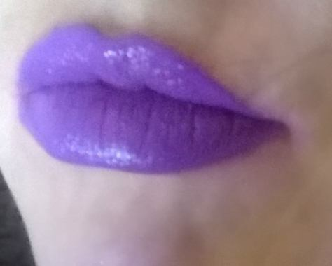 NYX TURNT UP LIPSTICK TWISTED X