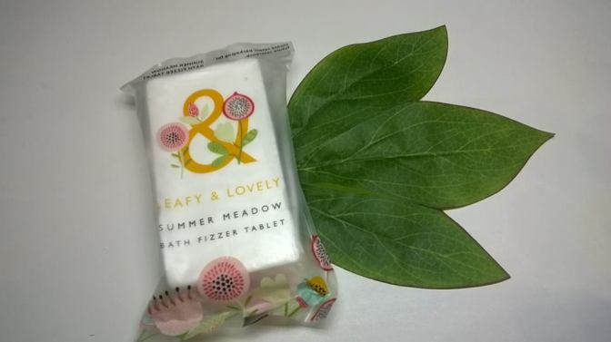 Review: Leafy & Lovely – Summer Meadow Bath Fizzer Tablet (20p @ Superdrug)