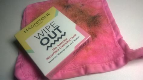 Magnitone London - WipeOut! The Amazing MicroFibre Cleansing Cloth Reviews
