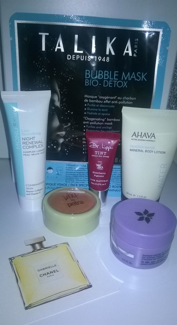 OCTOBER LOOKFANTASTIC BOX